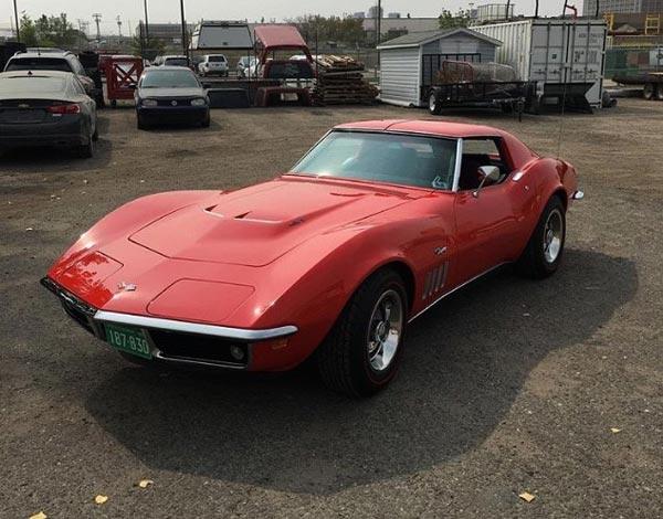 69 Corvette 427 Tri-Carb
